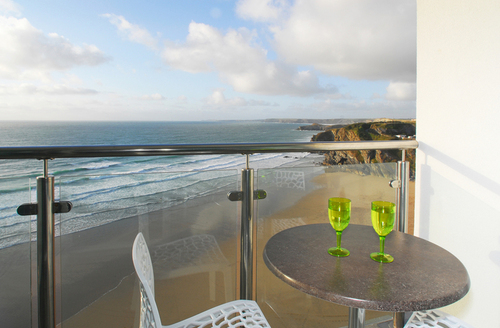 Snaptrip - Last minute cottages - Attractive Newquay Rental S1240 -