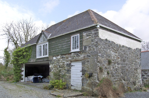 Snaptrip - Last minute cottages - Beautiful Helston Loft S2191 -