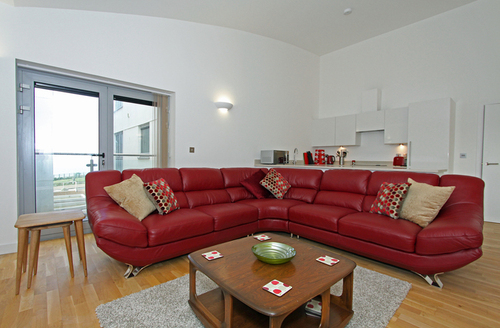 Snaptrip - Last minute cottages - Luxury Newquay Rental S1291 -