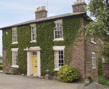 Snaptrip - Last minute cottages - Quaint Bridgnorth Cottage S2200 -