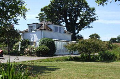 Snaptrip - Last minute cottages - Charming Saint Ives Studio S1357 -