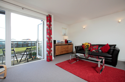 Snaptrip - Last minute cottages - Splendid New Milton Rental S1348 -