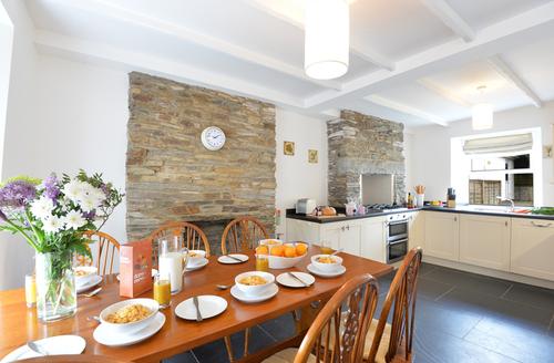 Snaptrip - Last minute cottages - Beautiful Wadebridge Cottage S1404 -