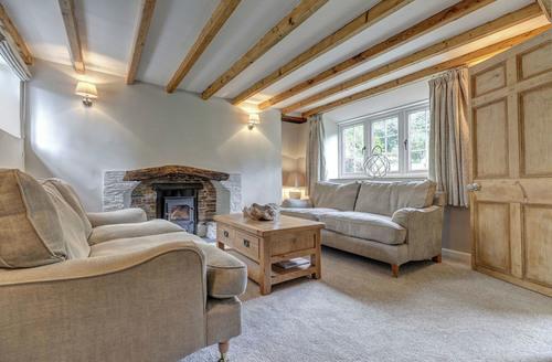 Snaptrip - Last minute cottages - Luxury Kingsbridge Cottage S1472 -