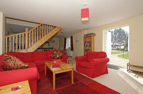 Snaptrip - Last minute cottages - Superb Launceston House S1507 -