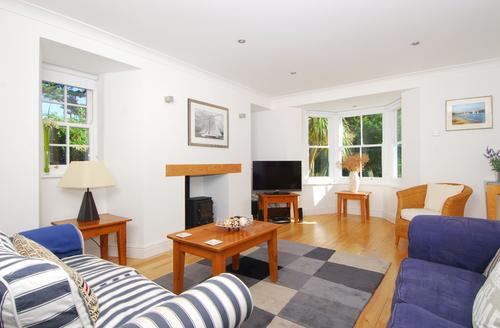 Snaptrip - Last minute cottages - Quaint Salcombe House S1804 -