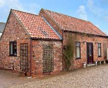 Snaptrip - Last minute cottages - Captivating Market Rasen Barn S2249 -
