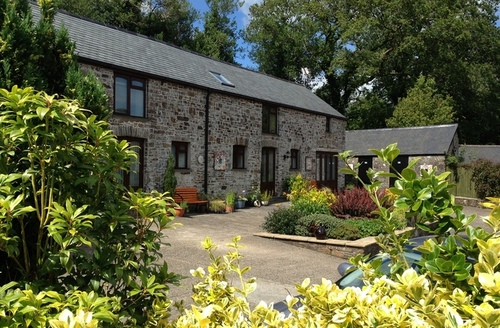 Snaptrip - Last minute cottages - Beautiful Character Cottage -