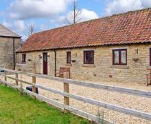 Snaptrip - Last minute cottages - Beautiful Malmesbury Cottage S2275 -