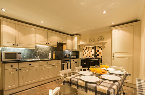 Snaptrip - Last minute cottages - Inviting Salcombe Cottage S9249 -
