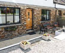 Snaptrip - Last minute cottages - Cosy Truro Cottage S2314 -