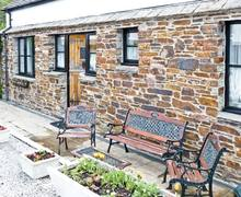 Snaptrip - Last minute cottages - Cosy Truro Cottage S2315 -