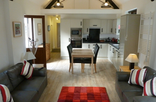 Snaptrip - Last minute cottages - Gorgeous Exeter Rental S25450 -