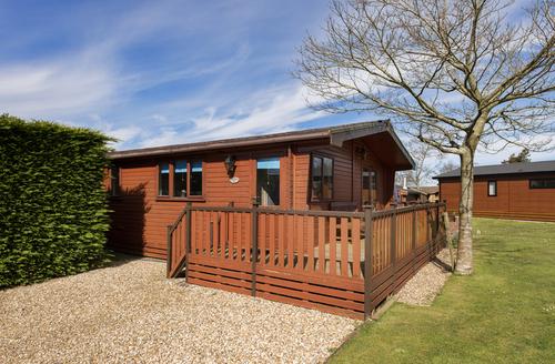 Snaptrip - Last minute cottages - Gorgeous Rousdon Rental S25614 -