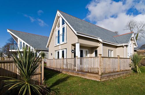 Snaptrip - Last minute cottages - Tasteful Cornwall Rental S25639 -