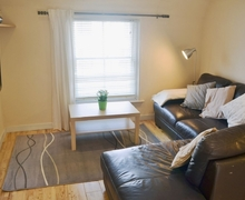 Snaptrip - Last minute cottages - Splendid Canterbury Apartment S25812 -