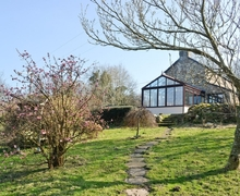 Snaptrip - Last minute cottages - Beautiful Abergavenny Cottage S25826 -