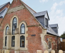 Snaptrip - Last minute cottages - Lovely Freshwater Cottage S25840 -