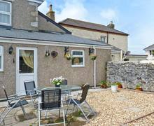 Snaptrip - Last minute cottages - Captivating Camborne Cottage S2356 -