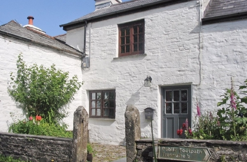 Snaptrip - Last minute cottages - Inviting Launceston Cottage S25871 -