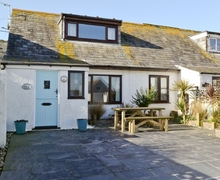 Snaptrip - Last minute cottages - Tasteful Port Isaac Cottage S25872 -