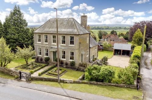 Snaptrip - Last minute cottages - Superb Arundel Cottage S25881 -