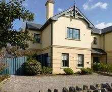 Snaptrip - Last minute cottages - Luxury Killarney Rental S26011 -