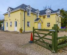 Snaptrip - Last minute cottages - Exquisite Gorey Rental S26118 -