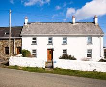 Snaptrip - Last minute cottages - Wonderful Nolton Haven Rental S26142 -