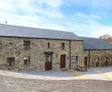 Snaptrip - Last minute cottages - Exquisite Holymoorside Rental S26158 -