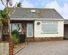 Snaptrip - Last minute cottages - Gorgeous Brixham Rental S2409 -