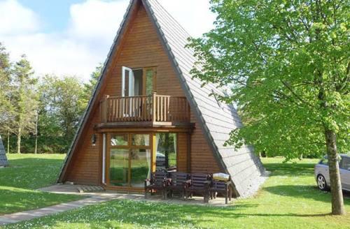 Snaptrip - Last minute cottages - Splendid Bodmin Lodge S2415 -