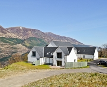 Snaptrip - Last minute cottages - Excellent Spean Bridge Apartment S26312 -