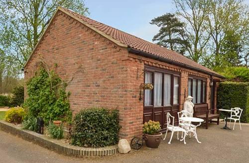 Snaptrip - Last minute cottages - Attractive Mundford Rental S26314 -