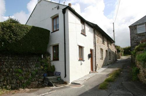 Snaptrip - Last minute cottages - Wonderful North Cornwall Rental S26398 - The Jolly Boat