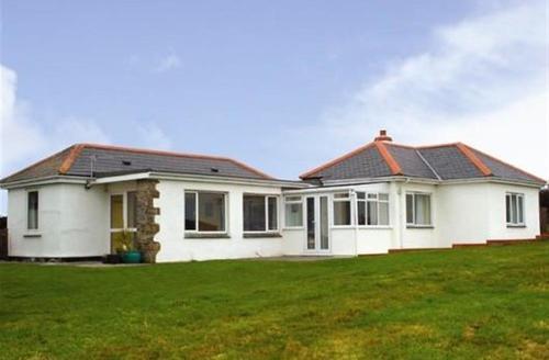 Snaptrip - Last minute cottages - Quaint  Rental S26426 - Rospletha Bungalow