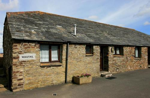 Snaptrip - Last minute cottages - Delightful North Cornwall Rental S26439 - Wagtail