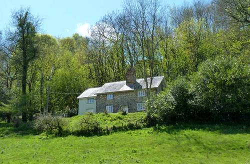 Snaptrip - Last minute cottages - Inviting Taunton Cottage S2438 -