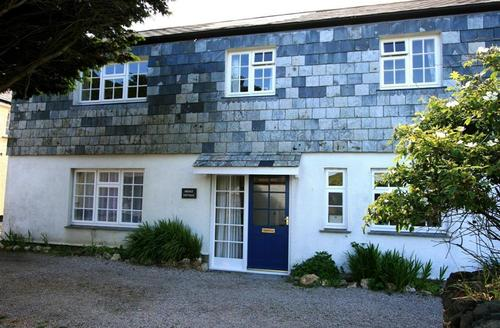 Snaptrip - Last minute cottages - Tasteful North Cornwall Rental S26461 - Bridge Cottage