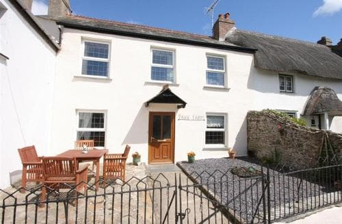 Snaptrip - Last minute cottages - Quaint North Cornwall Rental S26512 - Tea Cosy Cottage