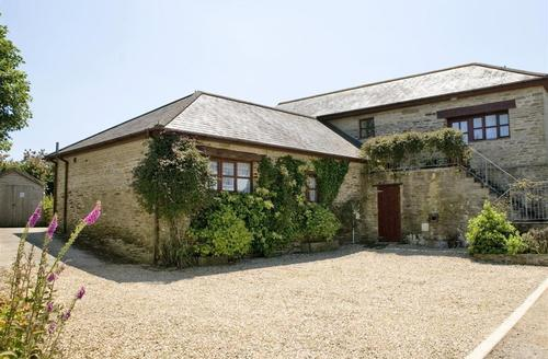 Snaptrip - Last minute cottages - Wonderful South Cornwall Rental S26547 - The Court