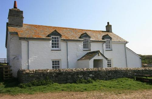 Snaptrip - Last minute cottages - Gorgeous Wadebridge Rental S26557 - Pentire Cottage