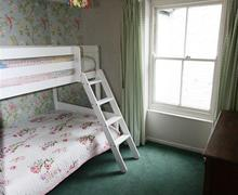 Snaptrip - Last minute cottages - Stunning South Cornwall Rental S26561 - Bunk bedroom