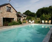 Snaptrip - Last minute cottages - Attractive North Cornwall Rental S26572 - Medlar Tree Cottage