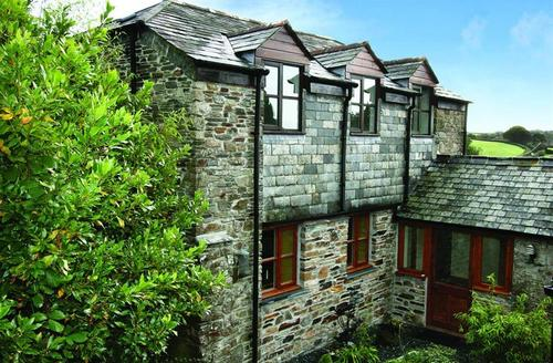 Snaptrip - Last minute cottages - Splendid South Cornwall Rental S26585 - Tucked Away