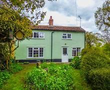 Snaptrip - Last minute cottages - Captivating Darsham Rental S26638 -