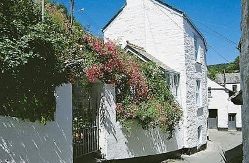 Snaptrip - Last minute cottages - Wonderful Polperro Cottage S26664 -