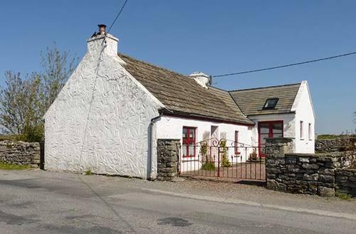 Snaptrip - Last minute cottages - Delightful Ennis Rental S26753 -