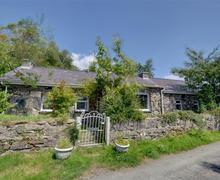 Snaptrip - Last minute cottages - Attractive Caernarfon Rental S26776 - WAG546 - Exterior View 1