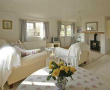 Snaptrip - Last minute cottages - Superb Around Llanduno & Coast Lodge S26845 - cedar-Lodge-sit1a-bro